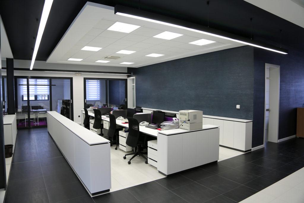 Office interior design 023